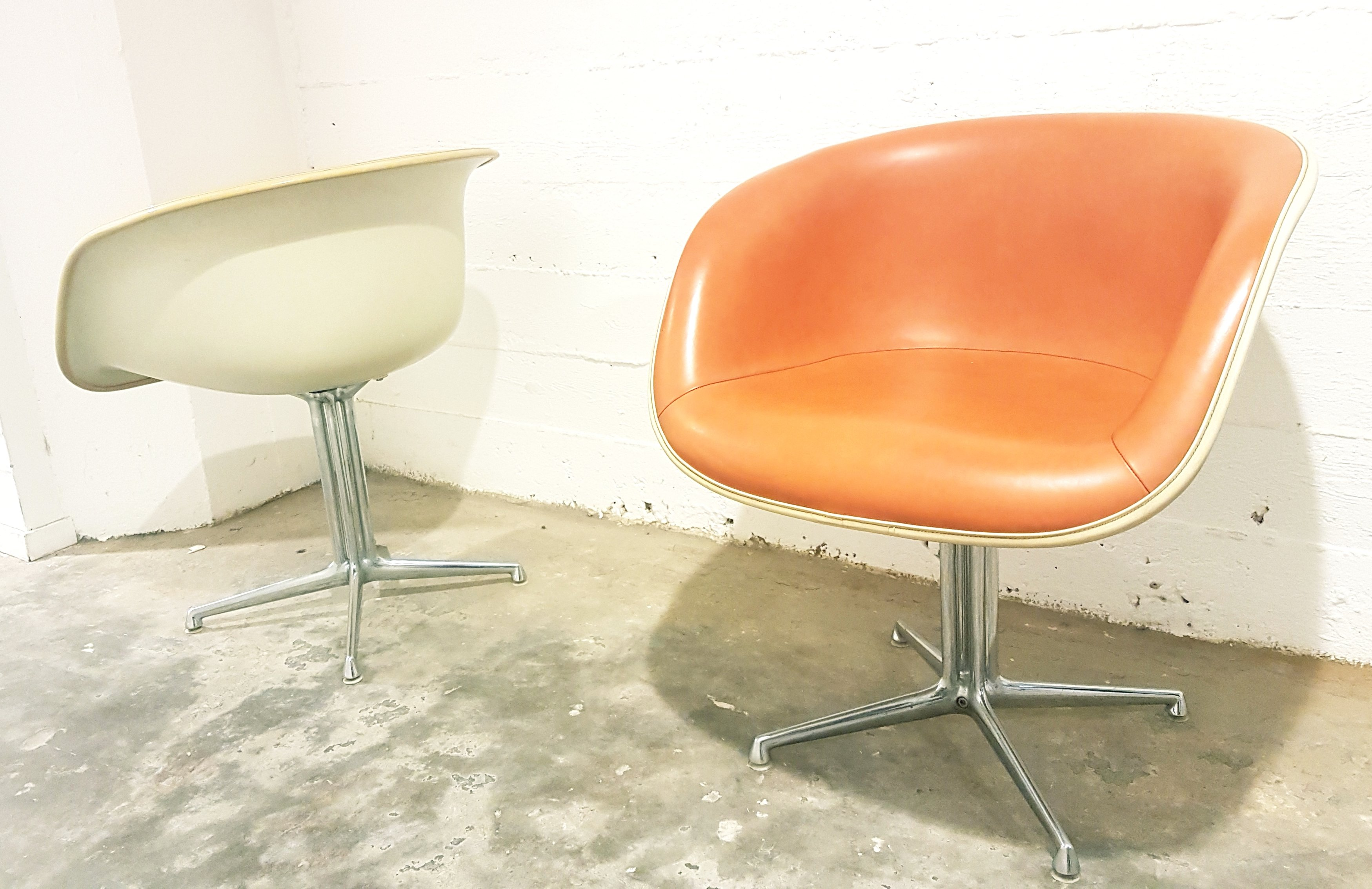 Vintage Pair Of La Fonda Chairs By Charles Ray Eames For Herman Miller 128210
