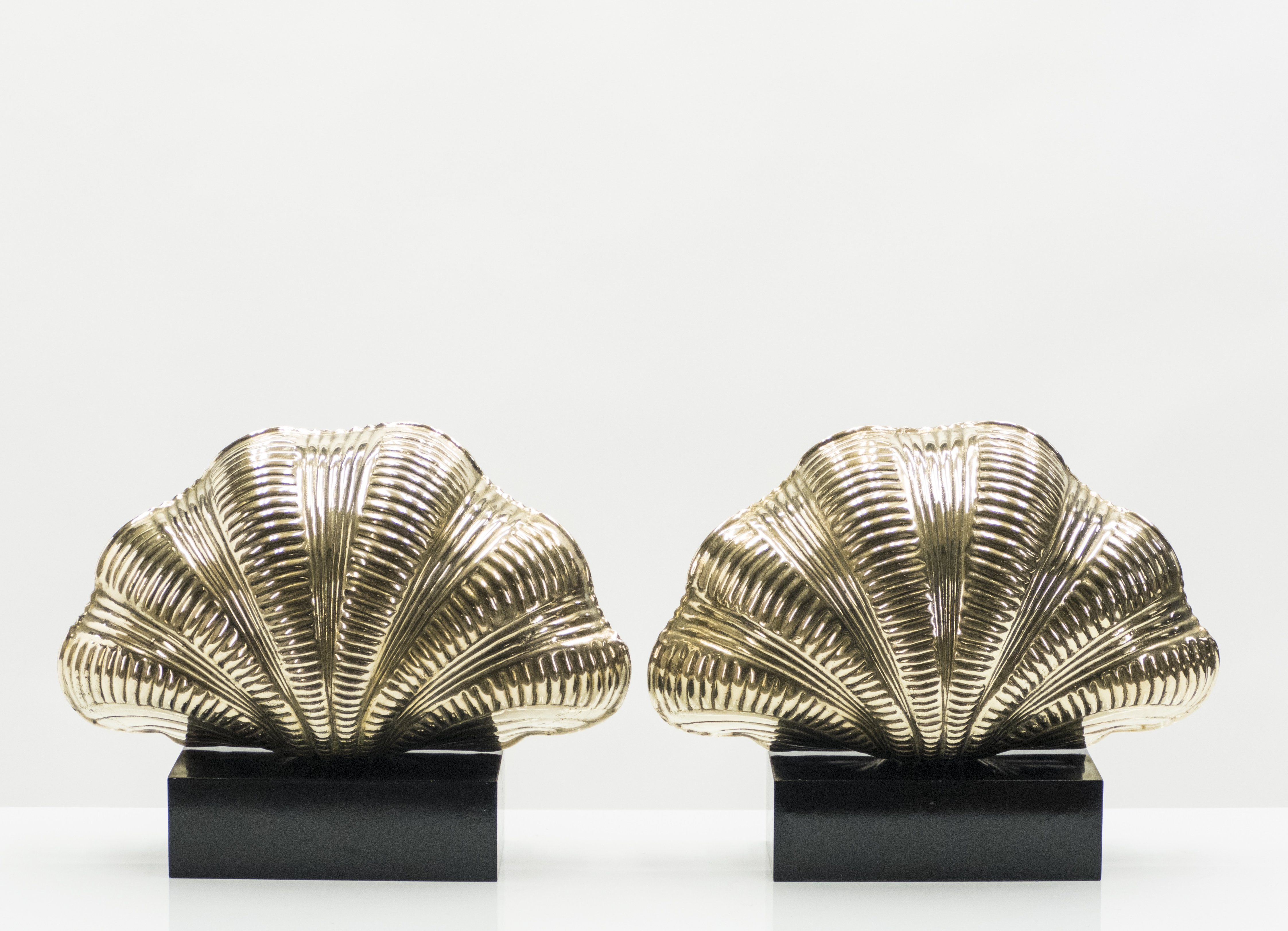 Italian Mid Century Solid Brass Scallop Table Lamps 1960s 129521