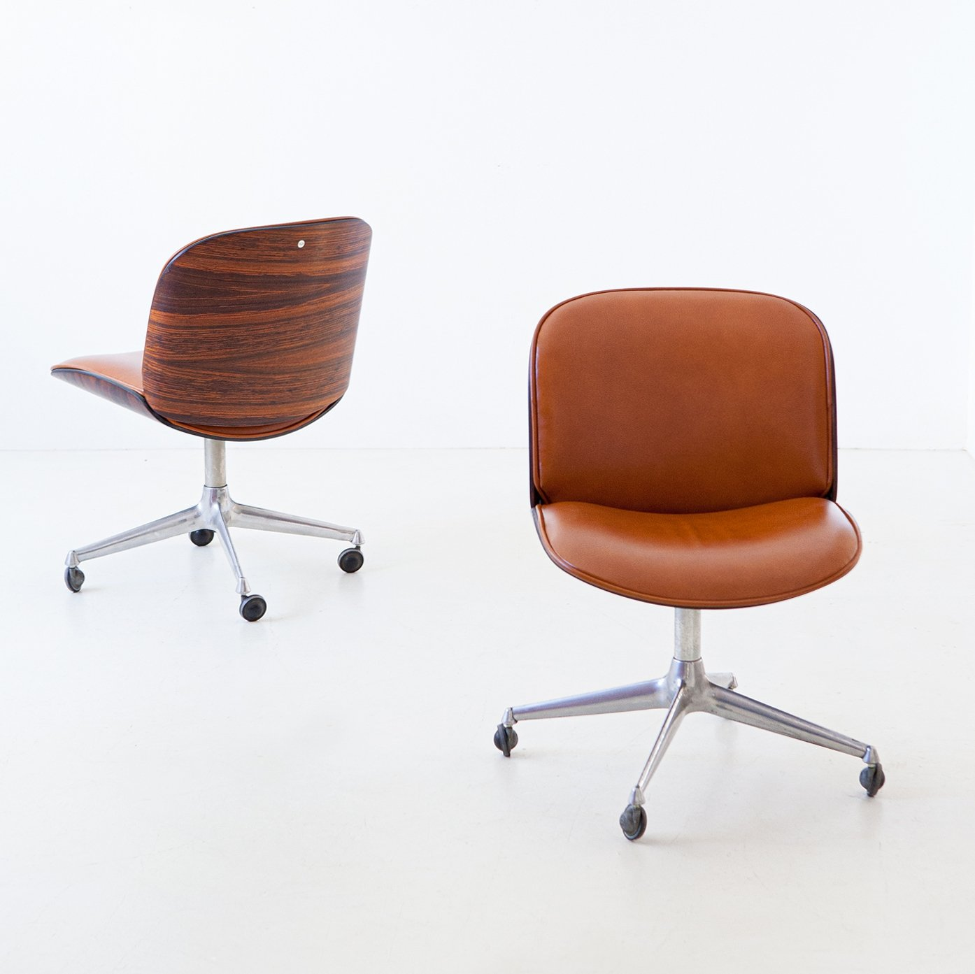 Picture of: Rosewood Cognac Leather Swivel Chair By Ico Parisi For Mim Roma 1950s 130506