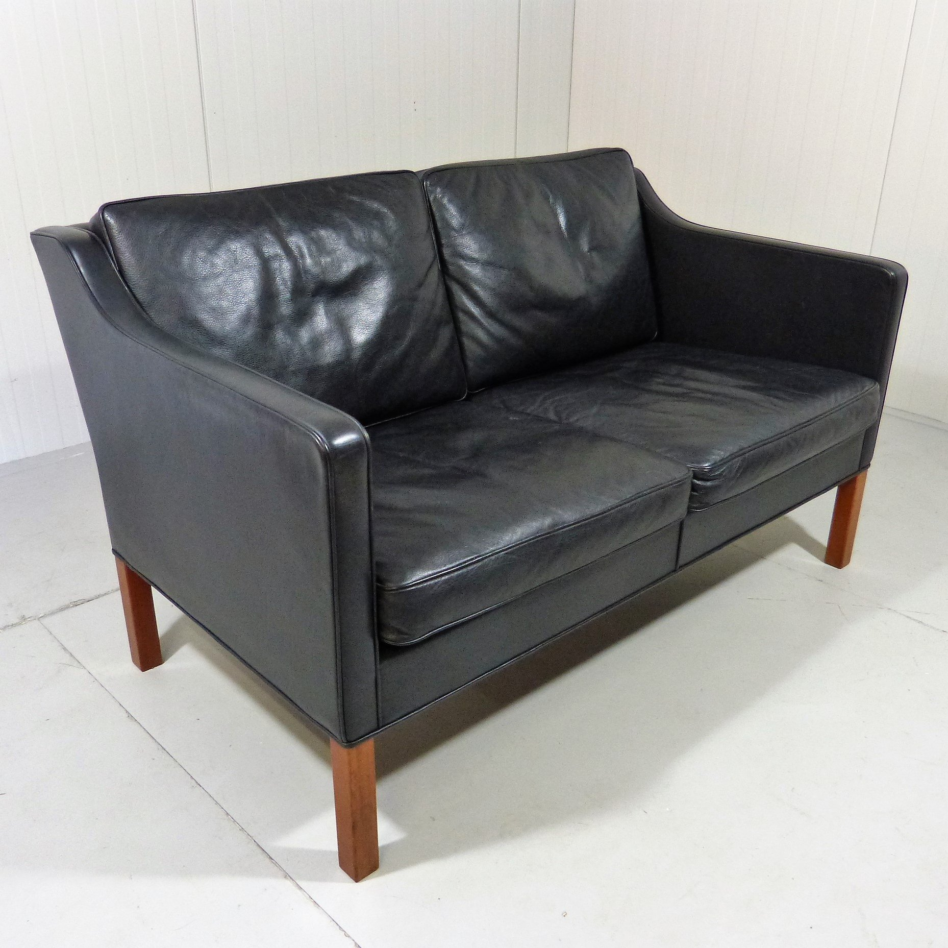 Picture of: Black Leather Sofa By Borge Mogensen For Fredericia Denmark 1970s 131065