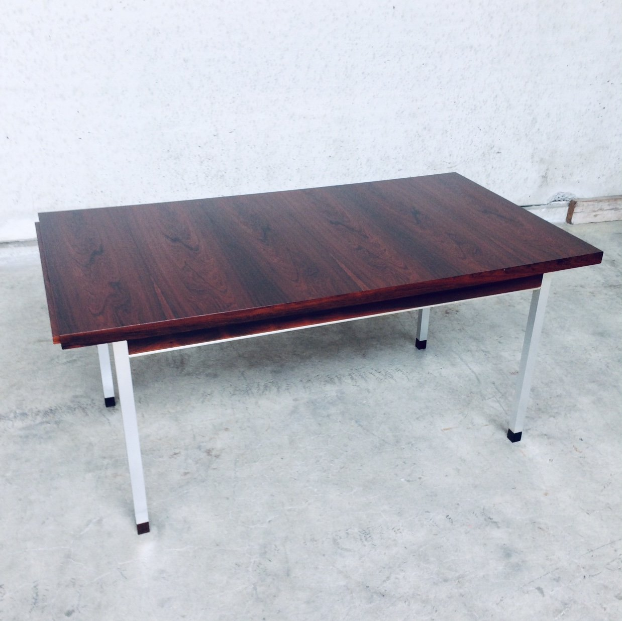 Midcentury Modern Extendable Dining Table In Rosewood 1960 S 133271