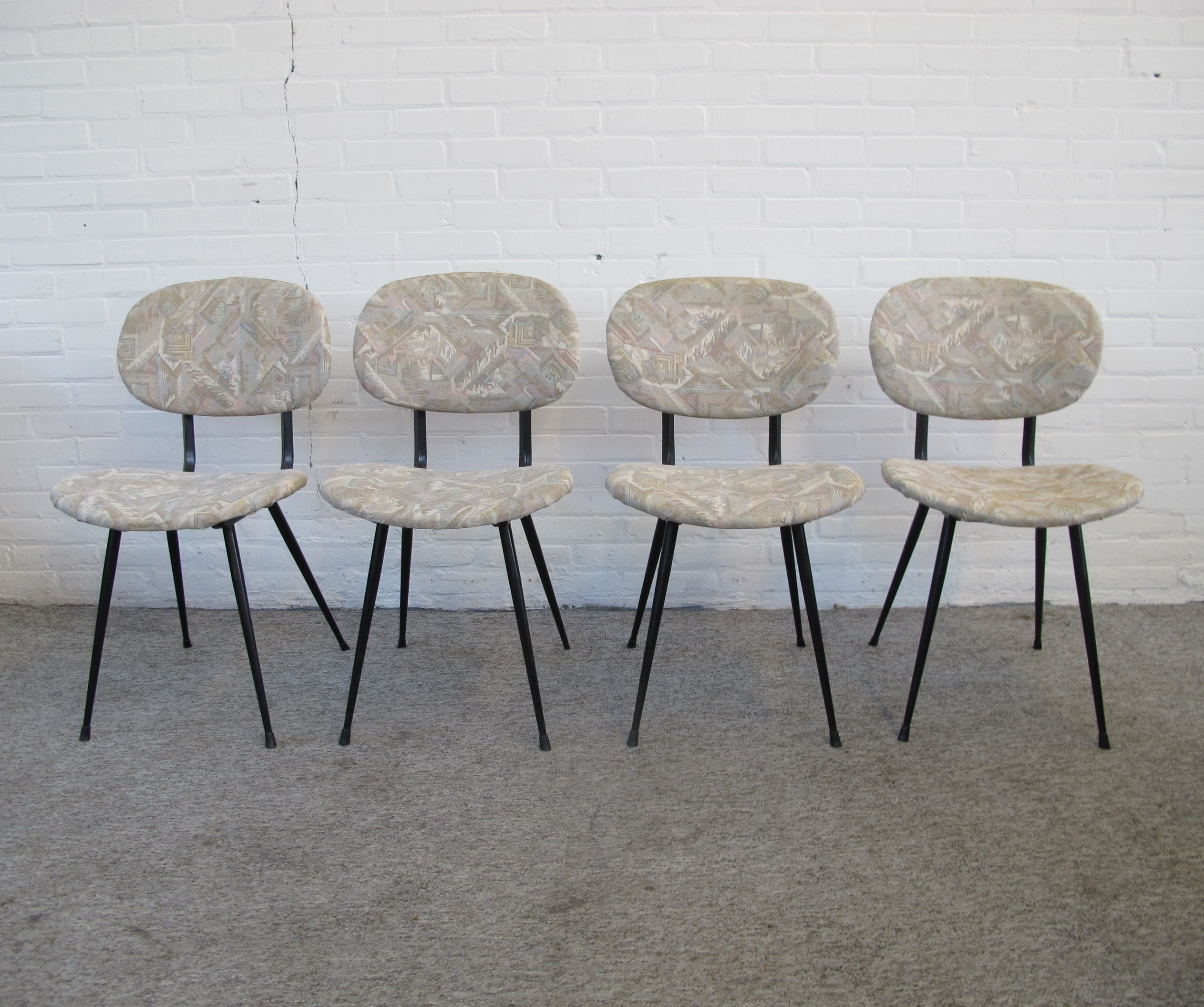 Set of four vintage kitchen chairs, 9s   9