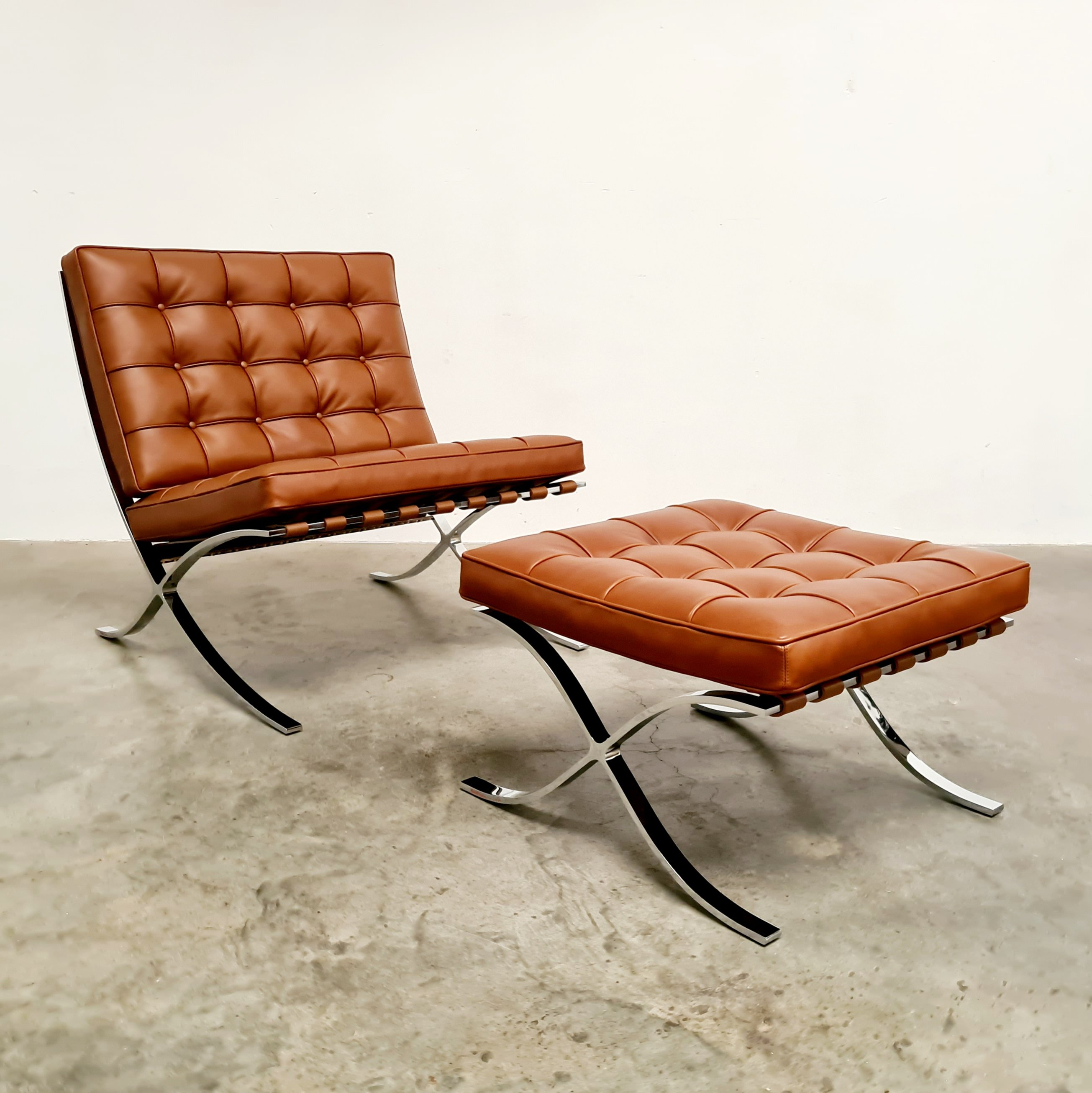 Picture of: Barcelona Lounge Chair By Mies Van Der Rohe In Cognac Leather 138226
