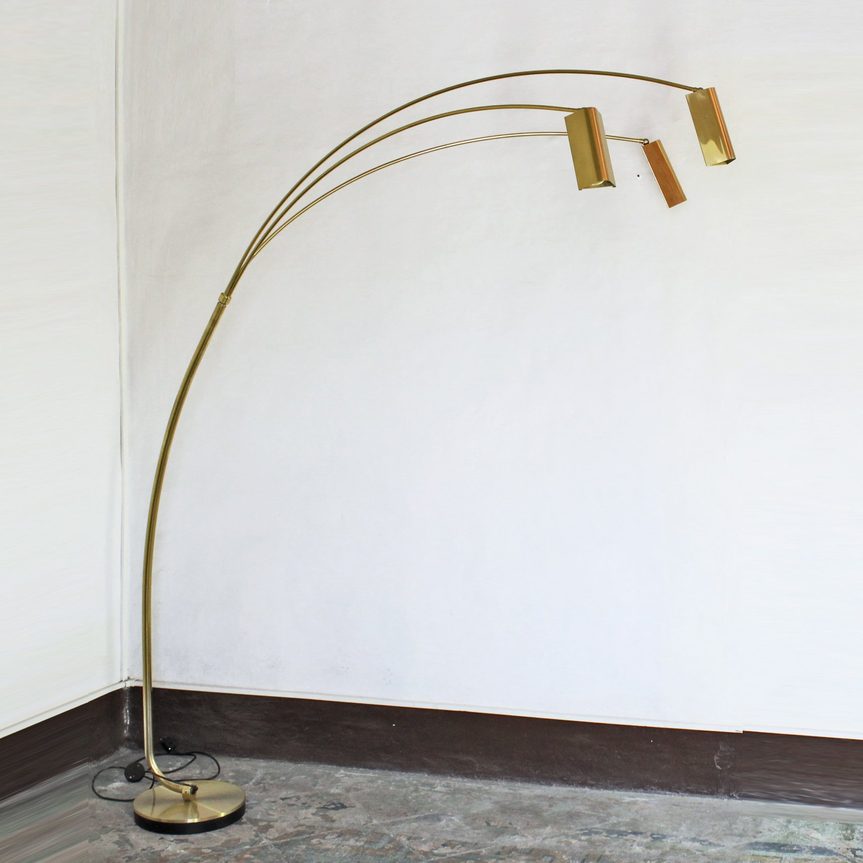 1970s Italian Brass Floor Lamp 141644