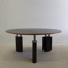 KUM Dining Table by Gae Aulenti for Tecno