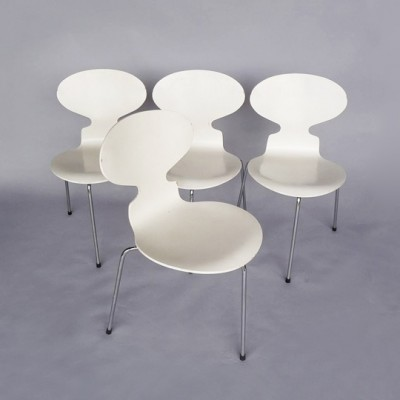 Set of 4 Ant dining chairs by Arne Jacobsen for Fritz Hansen, 1970s