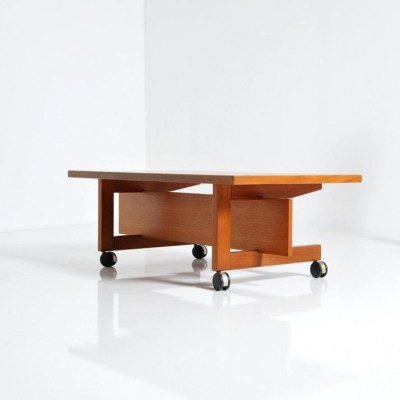 Ry 100 coffee table by Hans Wegner for Ry Møbler, 1960s