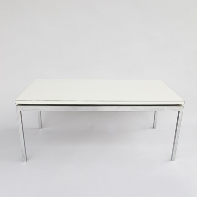 Coffee table from the sixties by Florence Knoll for Knoll International