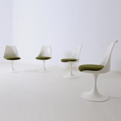 Tulip Dinner Chair by Eero Saarinen for Pastoe