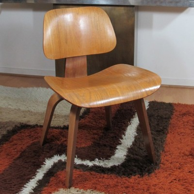 DCW dining chair by Charles & Ray Eames for Herman Miller, 1950s