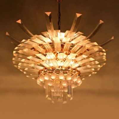 Lucite Flaired Chandelier hanging lamp by Lightolier, 1960s