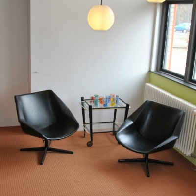2 FM08 lounge chairs from the fifties by Cees Braakman for Pastoe