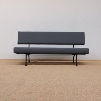 1710 Sofa by Wim Rietveld for Gispen