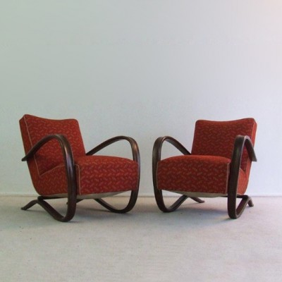 Pair of H269 lounge chairs by Jindřich Halabala for TON, 1950s