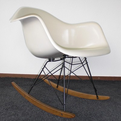 RAR Rocking Chair by Charles and Ray Eames for Vitra