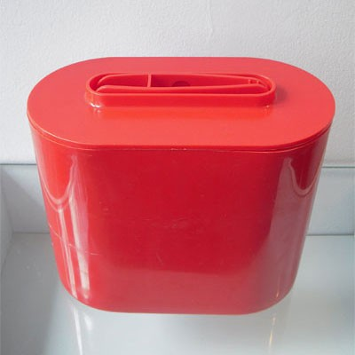 Ice Bucket from the sixties by Giotto Stoppino for Kartell