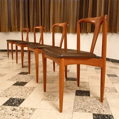 Set of 4 Juliane dining chairs by Johannes Andersen for Uldum Møbelfabrik, 1960s