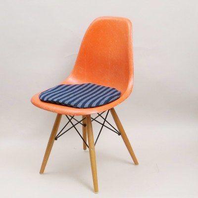 Dining chair by Charles & Ray Eames for Herman Miller, 1960s