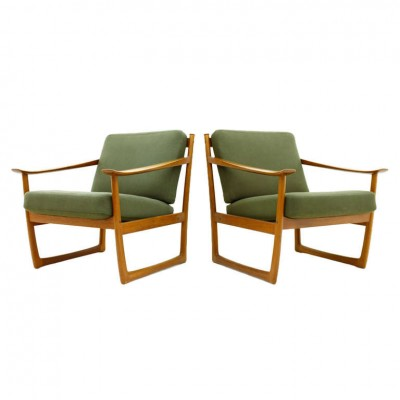 Pair of Lounge Chairs FD 130 by Peter Hvidt & Orla Molgaard, by France & Son, Denmark, 1964