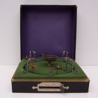 French Horse Game from the twenties by unknown designer for MJ & Cie