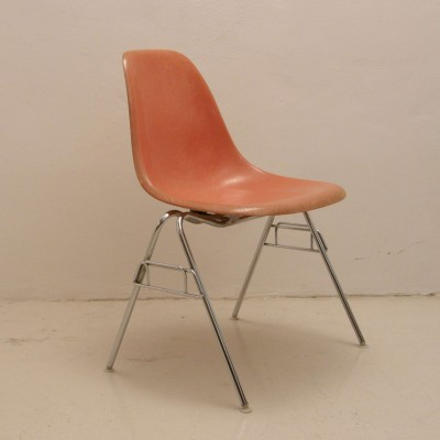 Set of 4 dining chairs by Charles & Ray Eames for Herman Miller