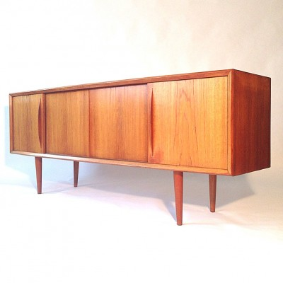 Bow front sideboard by HP Hansen for AKHO Møbler, 1950s
