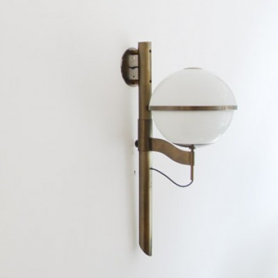 Wall Lamp by Unknown Designer for Artemide
