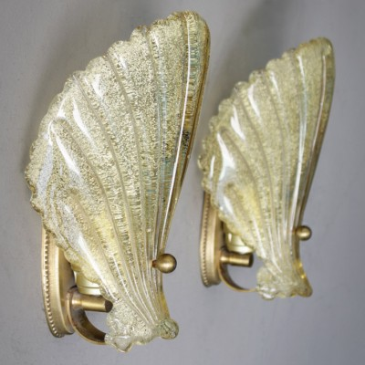 Pair of Shell wall lamps by Barovier & Toso, 1960s