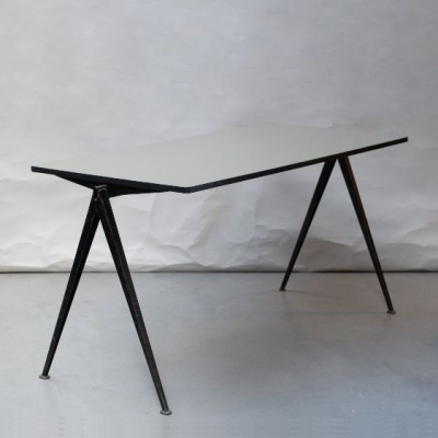 Pyramid Table Writing Desk by Wim Rietveld for Ahrend de Cirkel