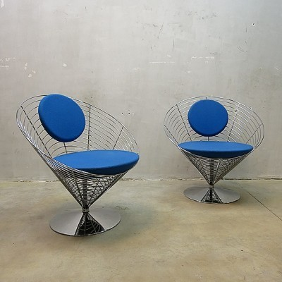 2 lounge chairs by Verner Panton for Fritz Hansen