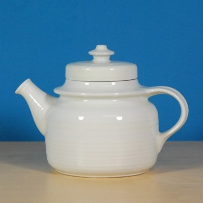Teapot from the sixties by Ulla Procopé for Arabia Finland