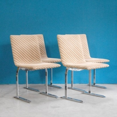 Set of 4 dining chairs by Giovanni Offredi for Saporiti, 1970s
