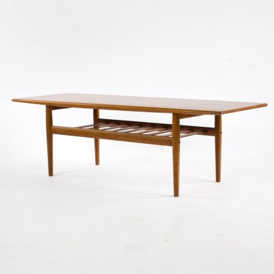 Coffee table from the fifties by Grete Jalk for Glostrup