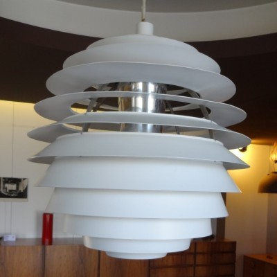 PH Louvre hanging lamp from the fifties by Poul Henningsen for Louis Poulsen