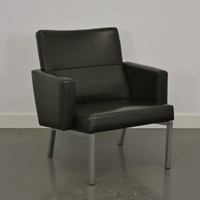 AP Originals Lounge chair in black leatherette, 1960s