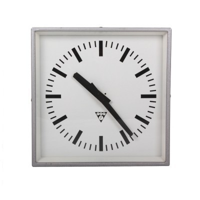 C 301 clock from the seventies by unknown designer for Pragotron