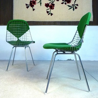 2 DKX Wire Chair dinner chairs from the fifties by Charles & Ray Eames for Herman Miller