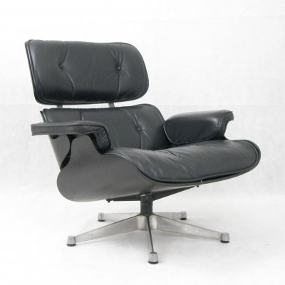 Lounge chair from the sixties by Charles & Ray Eames for ICF Italy