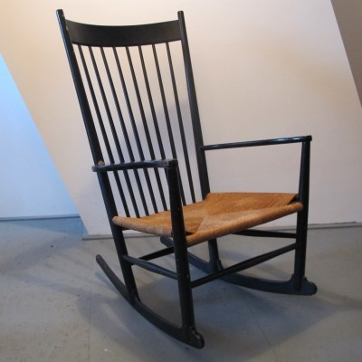 J16 rocking chair from the forties by Hans Wegner for FDB Møbler