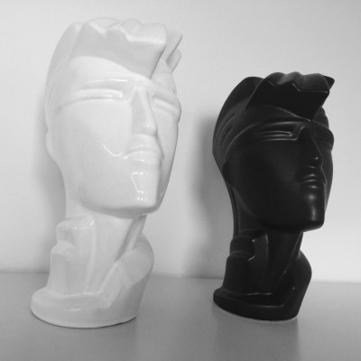 Heads art from the eighties by Lindsey B for unknown producer