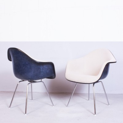 Set of 2 DAX arm chairs from the fifties by Charles & Ray Eames for Herman Miller