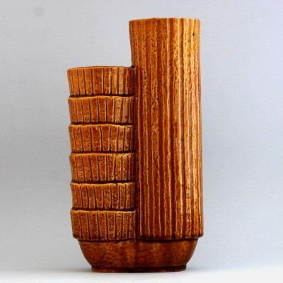 Chamotte vase from the forties by Gunnar Nylund for Rörstrand