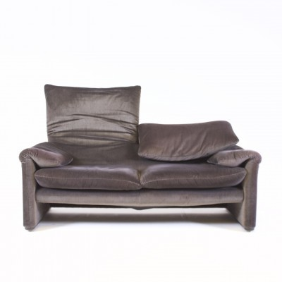 Maralunga sofa from the seventies by Vico Magistretti for Cassina