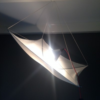 Cometa Kite Light hanging lamp from the seventies by unknown designer for Studio Charles & Jane D