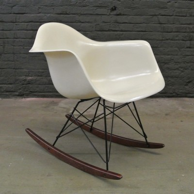 RAR Parchment rocking chair from the fifties by Charles & Ray Eames for Herman Miller