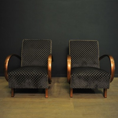 Pair of model 4100 lounge chairs by Jindřich Halabala for Thonet, 1940s