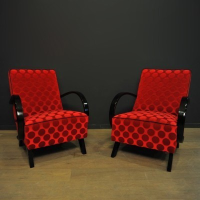 Pair of H arm chairs by Jindřich Halabala for Thonet, 1940s