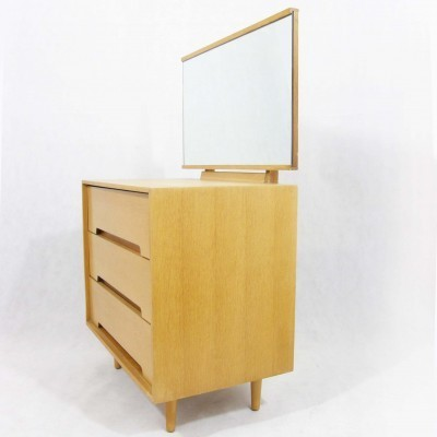 Chest of drawers from the fifties by John & Sylvia Reid for Stag