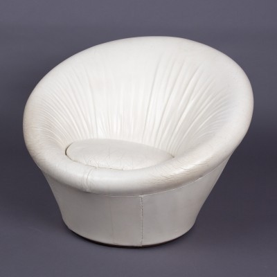 White leather Mushroom by Pierre Paulin for Artifort
