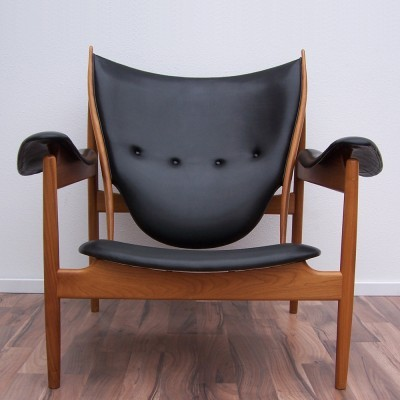 FJ 4900 Chieftain Chair lounge chair by Finn Juhl for One Collection, 1940s